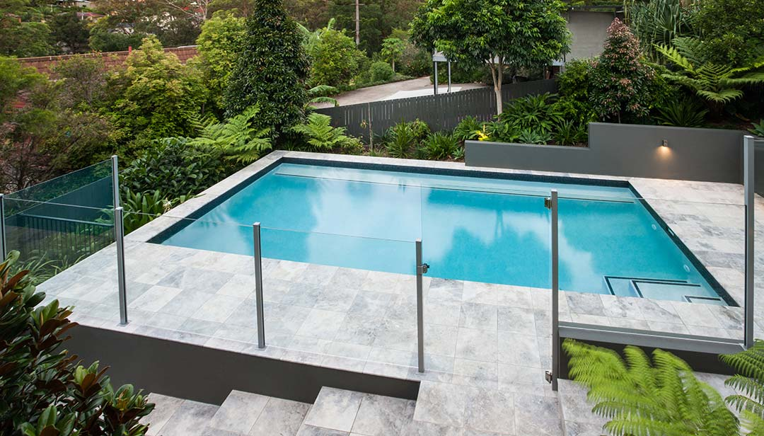 residential and commercial swimming pool glass balustrades in Sydney